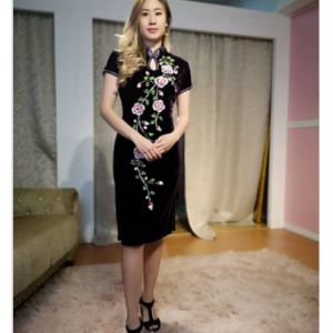 Red Velvet Cheongsam (L size) | Cultural Dresses | RentSmart Asia | Renting Is The New Buying