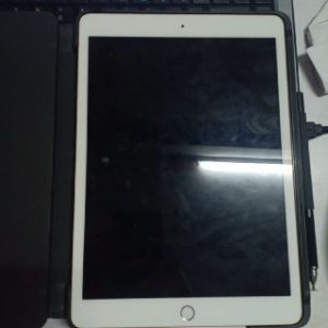 apple ipad 7th generation for rent
