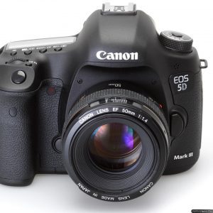 Canon EOS 5D Mark III For Rent