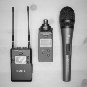 Sony UWP-D16 Lavalier Microphone System