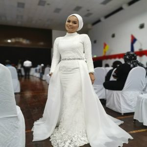 White Dress | Wedding Gowns | RentSmart Asia | Renting Is The New Buying