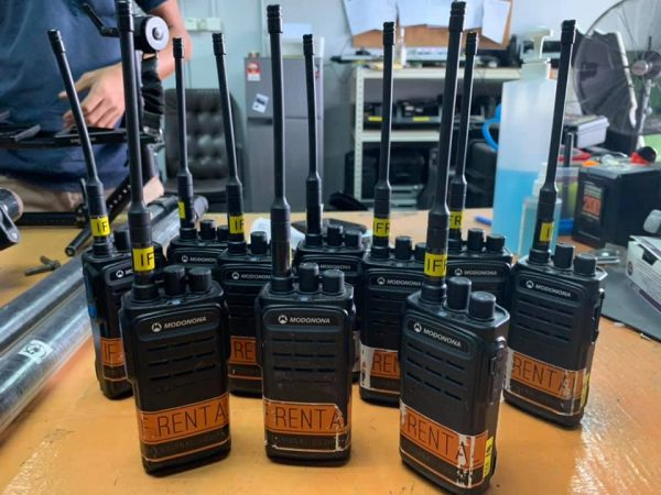Modonona CP1200 Analog Walkie-Talkie 10set Package for Rent   RentSmart Asia   Renting Is The New Buying