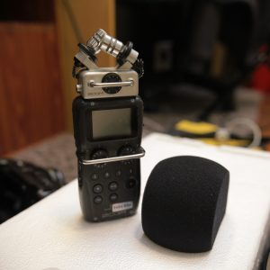 Zoom H5 2-input Portable Handy Recorder for Rent | Audio | RentSmart Asia | Renting Is The New Buying