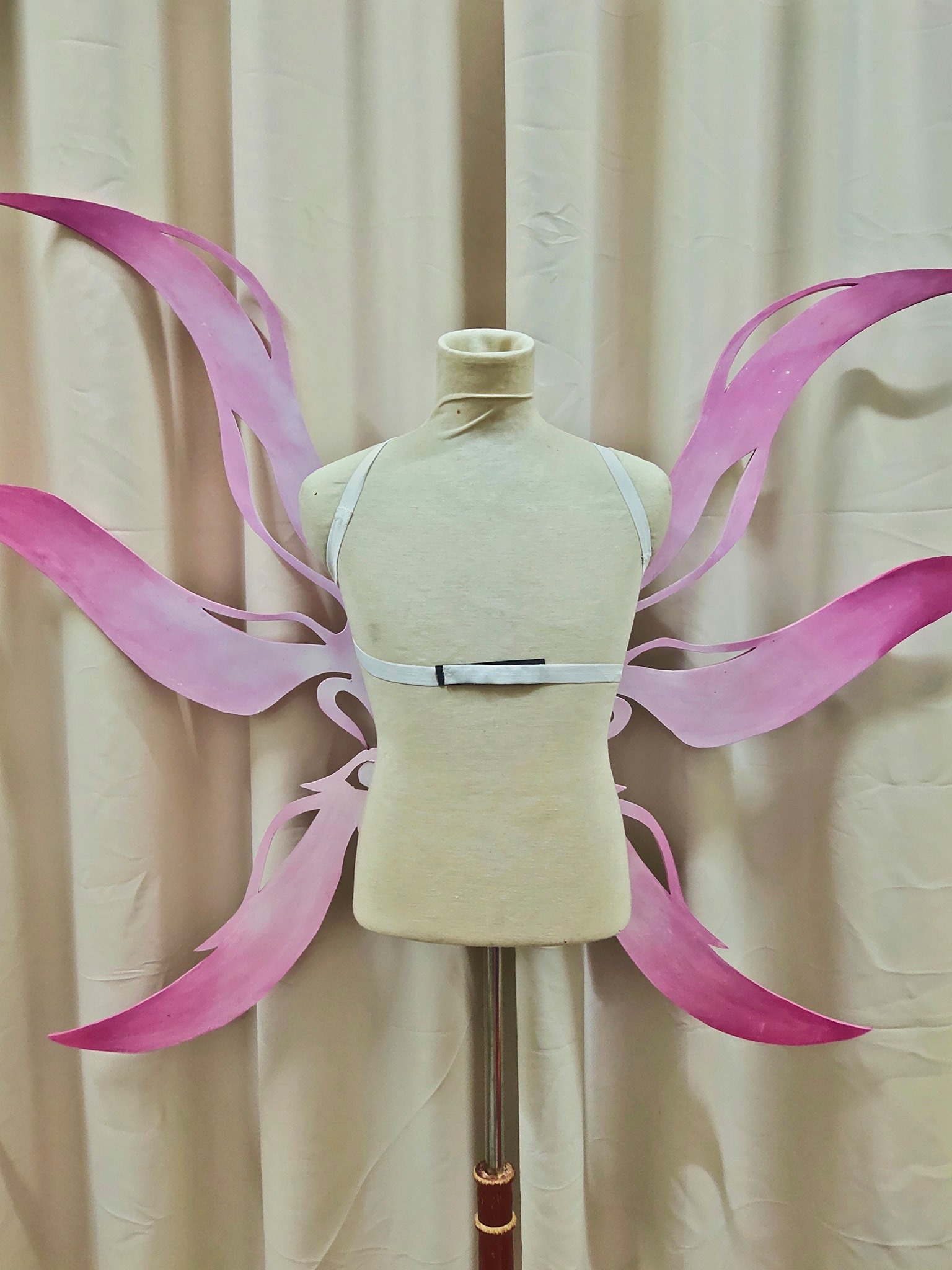 Angel Wing Special Huge Wing Pink Gradient Wings Spirit Yousei Cosplay Tsubasa for Rent | Costumes | RentSmart Asia | Renting Is The New Buying